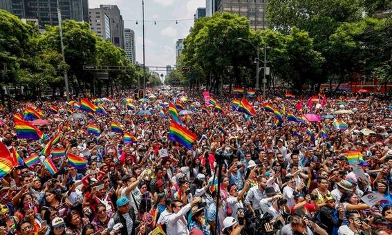 conciencia sobre marcha gay 2