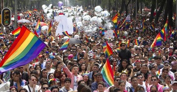 cantidad de personas que asistiran a la marcha del orgullo lgbt 1