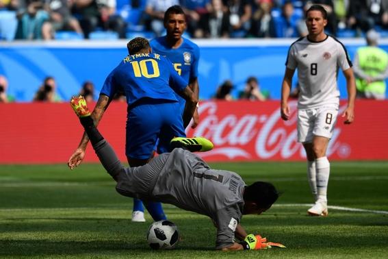 brasil rescata agonico triunfo y elimina a costa rica del mundial 2