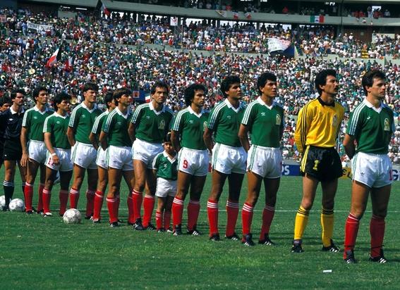 evolucion de los uniformes de mexico en los mundiales 7