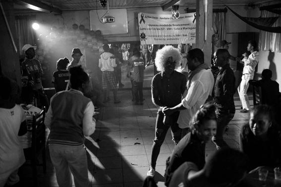fotografias de tom maguire sobre la homosexualidad en madagascar 2
