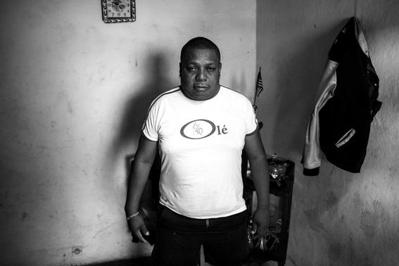 fotografias de tom maguire sobre la homosexualidad en madagascar 6