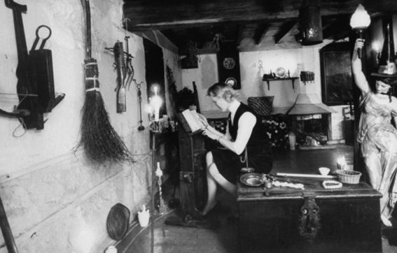 fotografias de brujeria real de la revista life 11