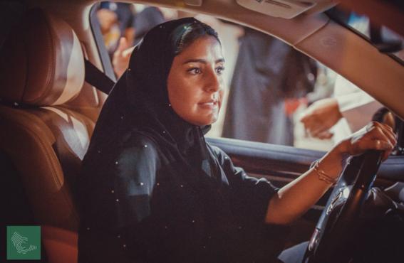 mujeres de arabia saudita manejan por primera vez 1