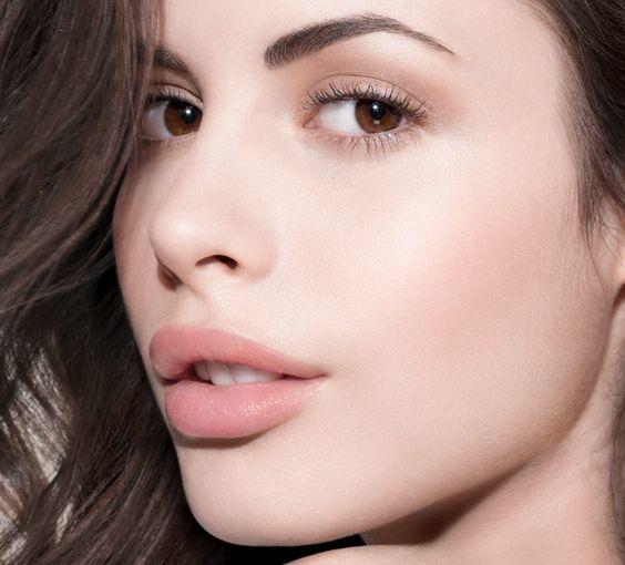 como exfoliar y suavizar tus labios correctamente 5