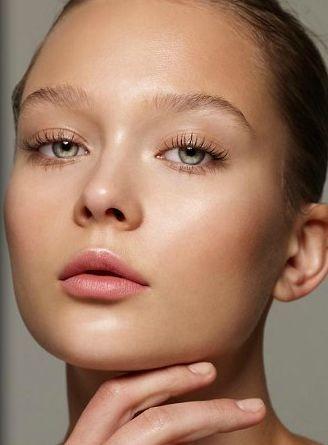 como exfoliar y suavizar tus labios correctamente 6