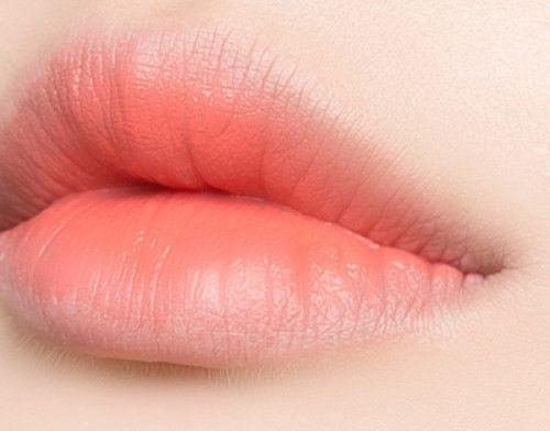 como exfoliar y suavizar tus labios correctamente 10