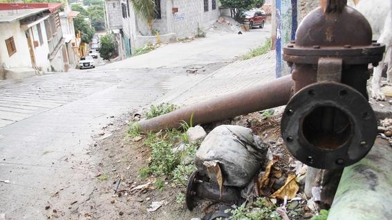 cientificos mexicanos de la uvm crean sistema contra fuga de agua 1