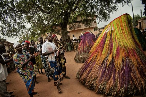 fotografias para ver de cerca un verdadero ritual vudu en africa 11