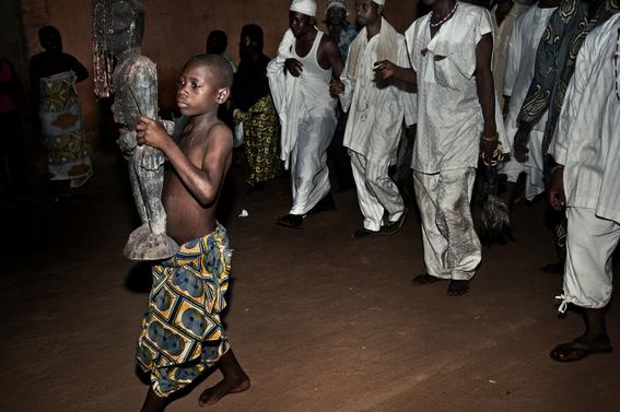 fotografias para ver de cerca un verdadero ritual vudu en africa 20