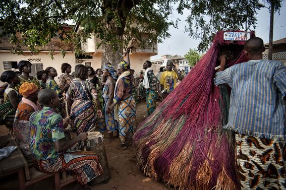 fotografias para ver de cerca un verdadero ritual vudu en africa 24