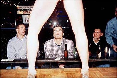 fotografias de juliana beasley sobre como sobrevivir en un club de striptease 2