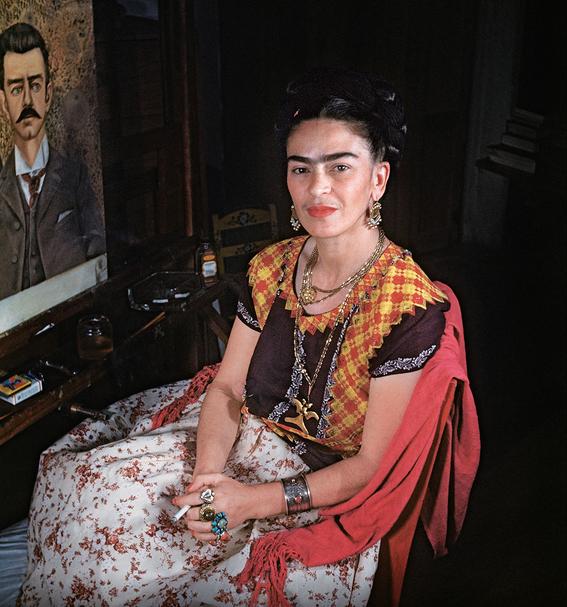 la verdad oculta detras de la moda de frida kahlo 6