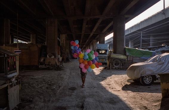 fotografias de sam gregg sobre pobreza y marginalidad en el lugar mas triste de tailandia 5