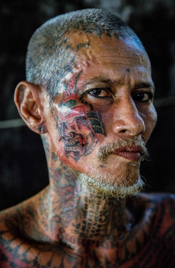 fotografias de sam gregg sobre pobreza y marginalidad en el lugar mas triste de tailandia 17