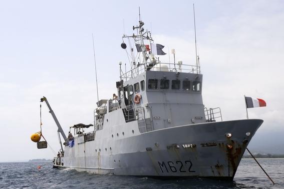 buzos buscan avion caido de la segunda guerra mundial en el mediterraneo 1