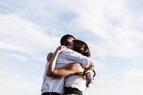 momentos en los que puedes saber si una persona te ama 3