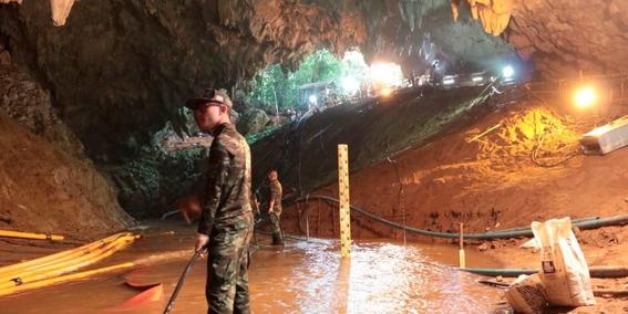 fotografias del rescate de los ninos en tailandia 7
