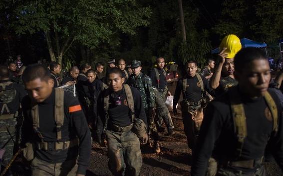 fotografias del rescate de los ninos en tailandia 8