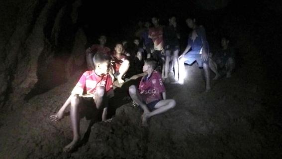fotografias del rescate de los ninos en tailandia 10