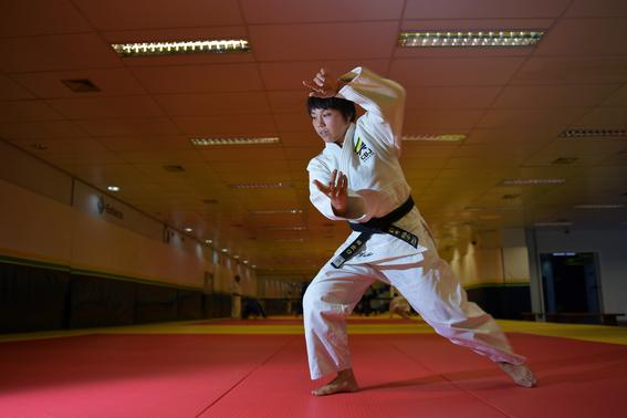 yuko fuji es la primera entrenadora de judo del equipo masculino de judo en brasil 3