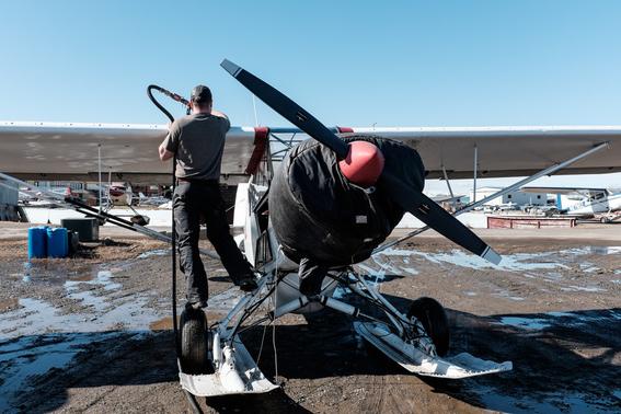 bush pilots como es la vida de los pilotos en el estado menos poblado de estados unidos 7