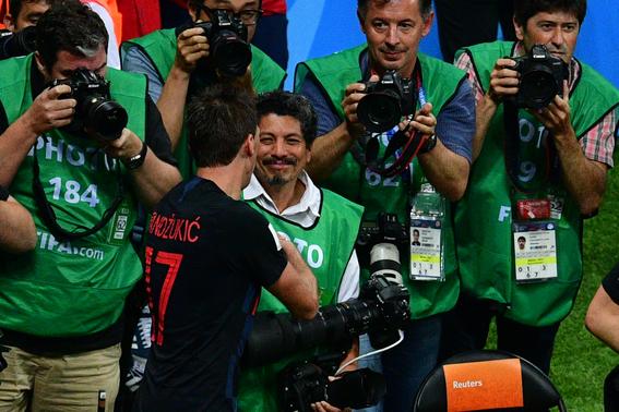 fotografo arrollado por jugador de croacia mundial 1