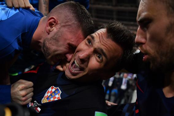 fotografo arrollado por jugador de croacia mundial 2
