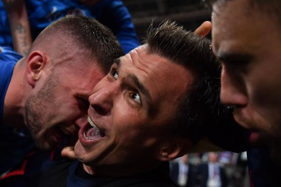 fotografo arrollado por jugador de croacia mundial 4