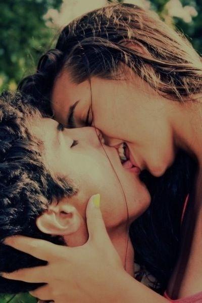 cosas asquerosas que suceden cuando besas 1