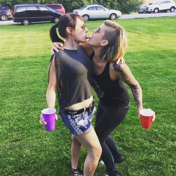cosas asquerosas que suceden cuando besas 4