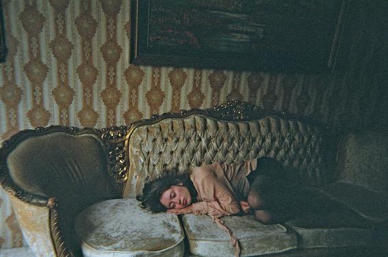 fotografias de mel nocetti para entender como creamos nuestros recuerdos 10