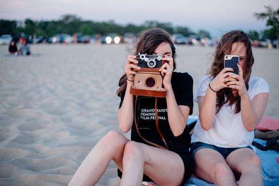 ideas para tomarte fotos sentada 13