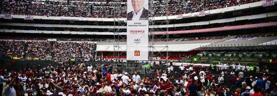 cuanto costo el amlofest en el estadio azteca 2