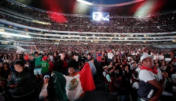 cuanto costo el amlofest en el estadio azteca 3