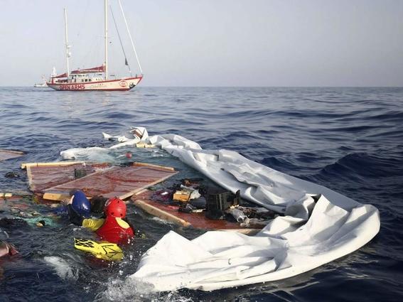 naufragio deja 16 muertos en costas de chipre 1