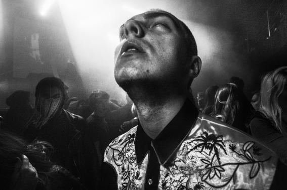 fotografias de arnold veber de un rave en rusia 24