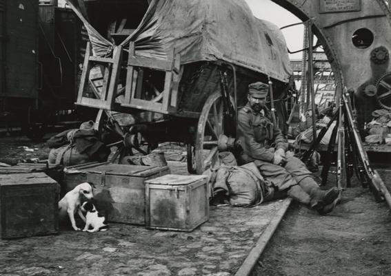 fotografias de andre kertesz sobre momentos de las ciudades 4