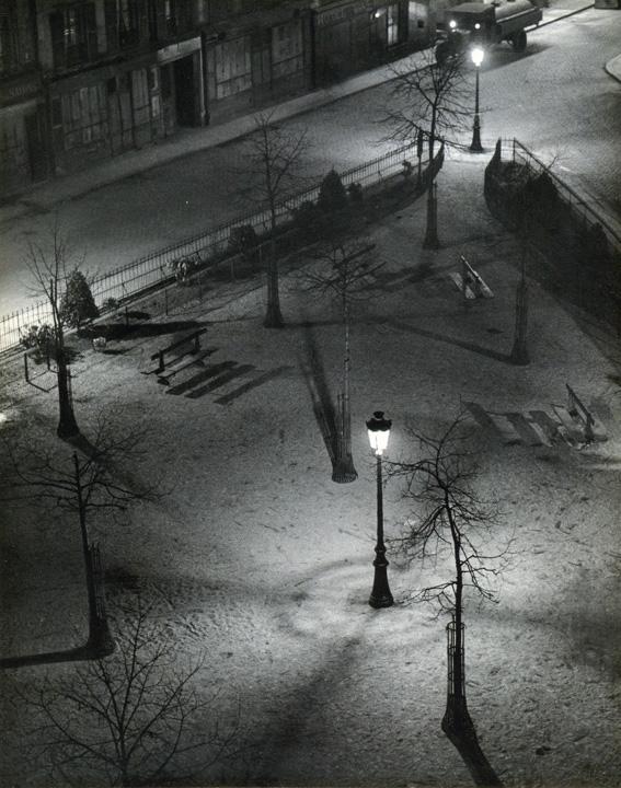 fotografias de andre kertesz sobre momentos de las ciudades 5