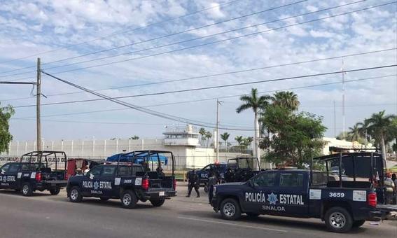reos disfrazados de guardias de seguridad escapan de penal en sinaloa 1
