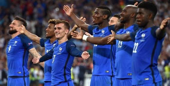 el racismo que acusa a la seleccion francesa de ser africa 1