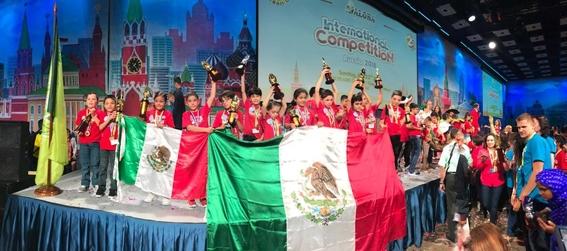 ninos mexicanos ganan concurso de calculo mental 1