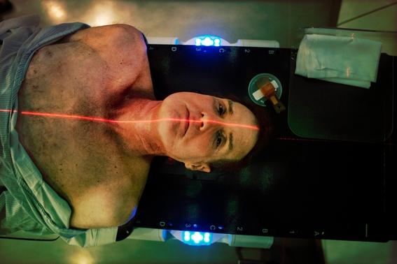 fotografias de mark richards sobre su tratamiento contra el cancer 8