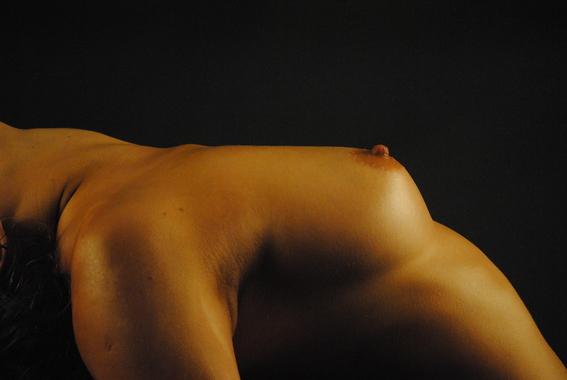 fotografias de renata del aguila sobre la belleza del desnudo 2