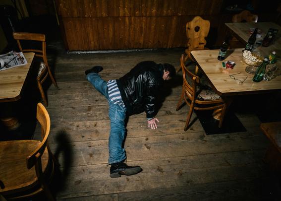 fotografias de klaus pichler sobre la diversion de algunos adultos mayores 6