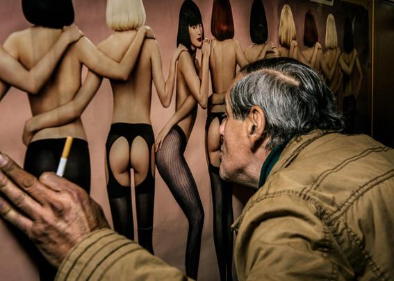 fotografias de klaus pichler sobre la diversion de algunos adultos mayores 9