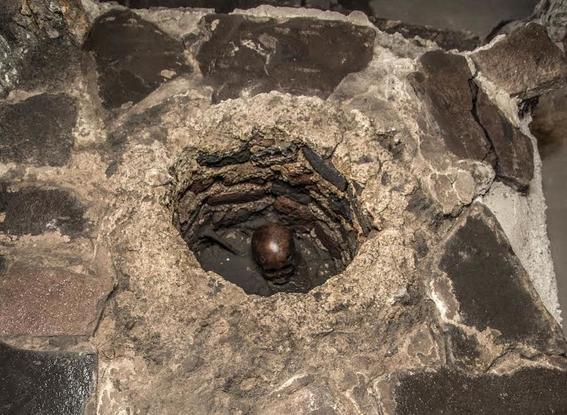 descubren entierro infantil en el templo mayor 1