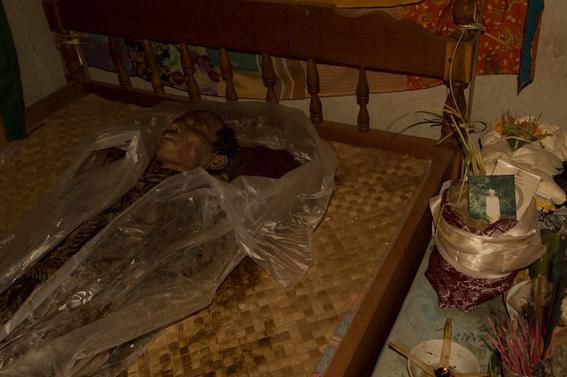 cadaveres toraja indonesia 3