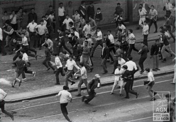29 de julio 68 se registran mas choques violentos entre estudiantes y policia 1