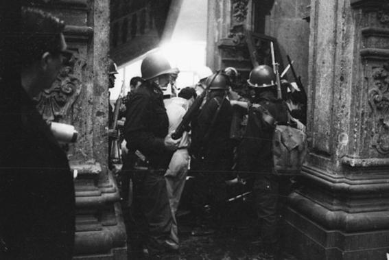 30 de julio 68 bazucazo a prepa 1 deja estudiantes muertos 2